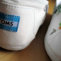 Thumbnail image for Style Your Sole with TOMS (May 14, Emery Street)